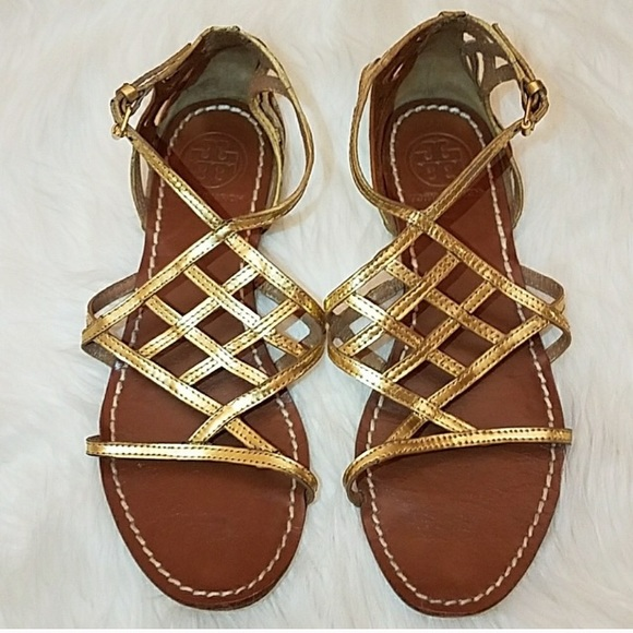 90aa0d965d12f TORY BURCH Amalie Gold Gladiator Flats Sandals. M 5a6ffdf43afbbd15c04ab50e